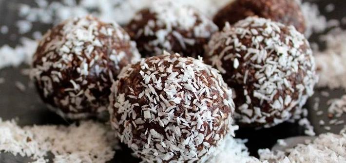 Brigadeiro-de-Leite-Condensado-com-Coco-receitas-doces-com-leite-condensado-facil-simples-cozinha-lucrativa