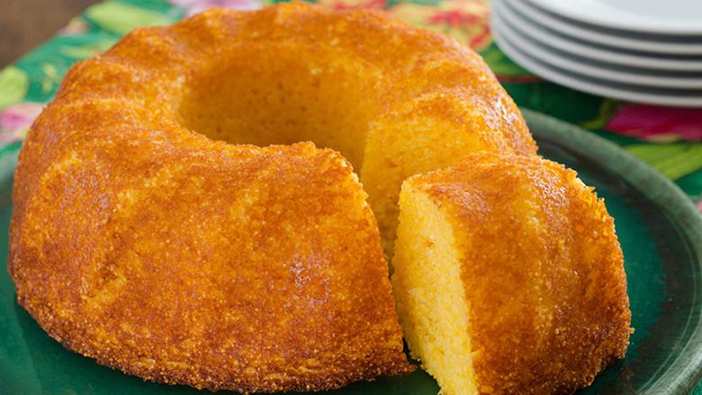 bolo-de-milho-cremoso-facil-simples-rapido-passo-a-passo-cozinha-lucrativa