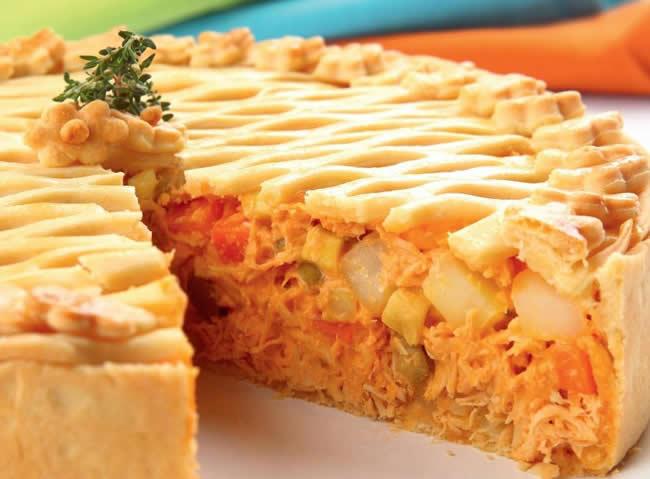 receitas-com-frango-torta-de-frango-legumes-e-requeijao-de-cheddar-cozinha-lucrativa