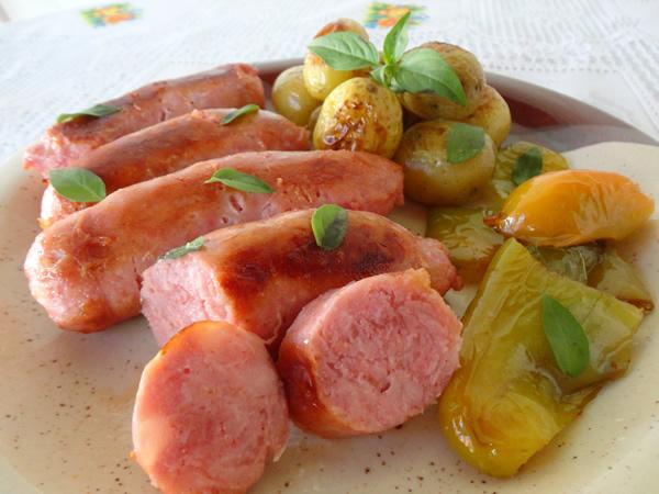 receitas-com-linguicas-toscana-no-forno-com-batatas-pratica-facil-cozinha-lucrativa